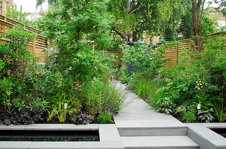 Contemporary Garden Design by London Based Garden Designer Josh Ward Modern garden by Josh Ward Garden Design Modern