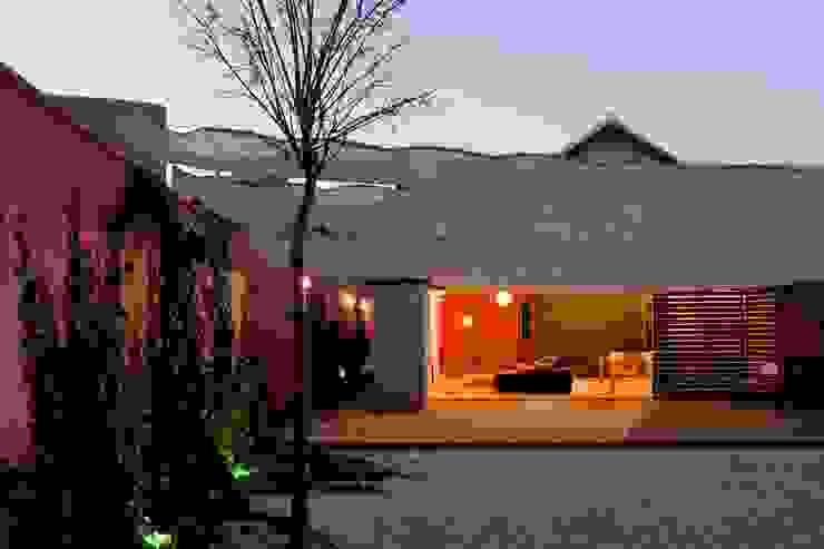 Jardines minimalistas de daniel rojas berzosa. arquitecto Minimalista