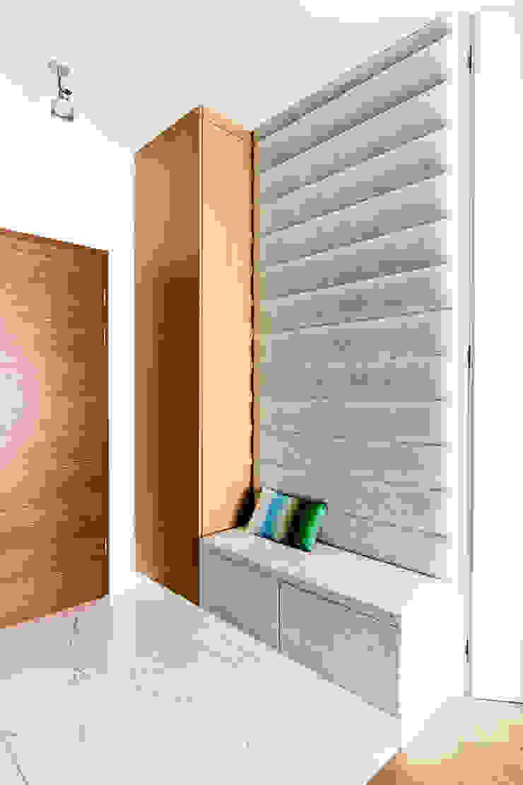 Anna Maria Sokołowska Architektura Wnętrz Modern corridor, hallway & stairs