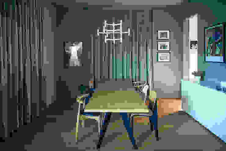 house#01 sala da pranzo Sala da pranzo in stile scandinavo di andrea rubini architetto Scandinavo Legno Effetto legno