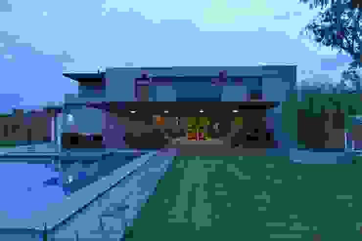 Casa Palenque Casas minimalistas de Con Contenedores S.A. de C.V. Minimalista Hierro/Acero