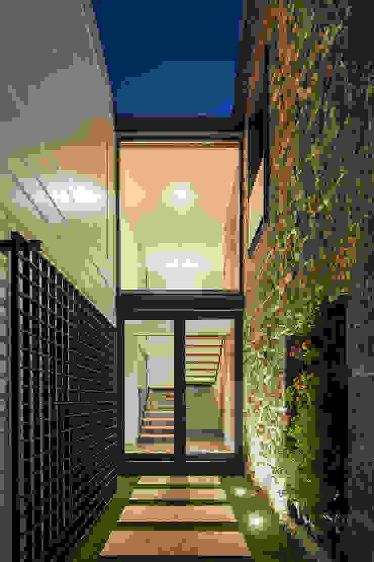 Casa JA Casas minimalistas por FPA - filipe pina arquitectura Minimalista