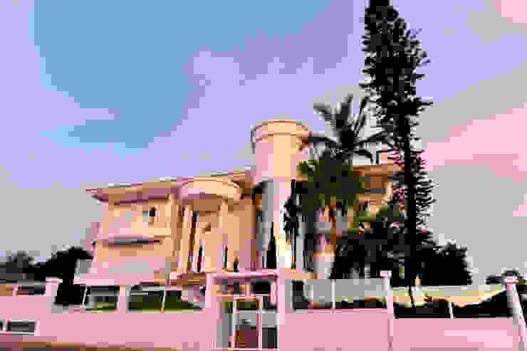 Casas de estilo clásico de Márcia Pilz Arquiteta e Urbanista Clásico