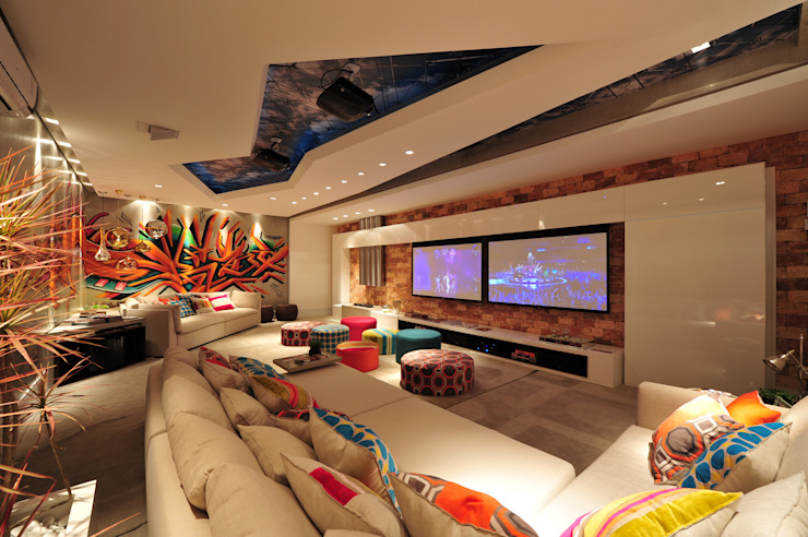 Media room by ANNA MAYA ARQUITETURA E ARTE, Modern Bricks