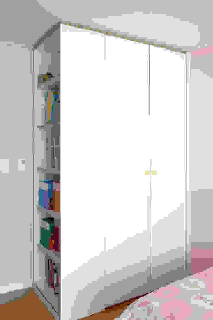 Modern nursery/kids room by 마르멜로디자인컴퍼니 Modern