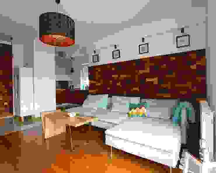 Panele ścienne klapka Mozaika drewniana od Atelier Projekt UmM Rustykalny Drewno O efekcie drewna