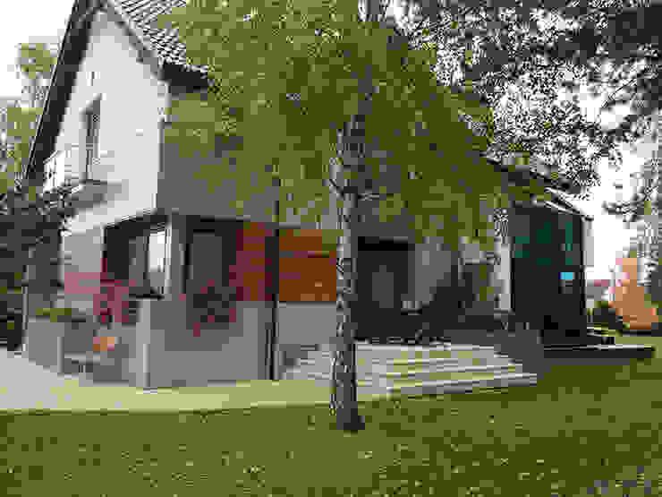 Moderne huizen van Biuro Projektów MTM Styl - domywstylu.pl Modern