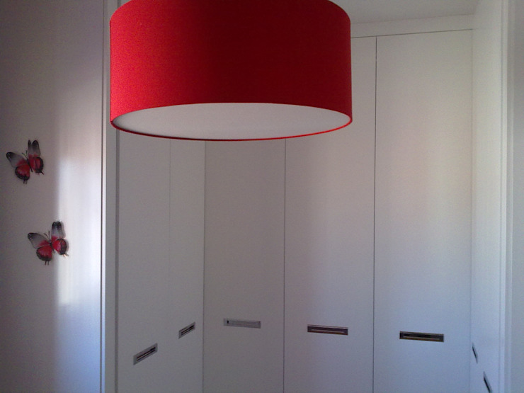 Muebles Diser, S.L. Dressing roomWardrobes & drawers MDF White