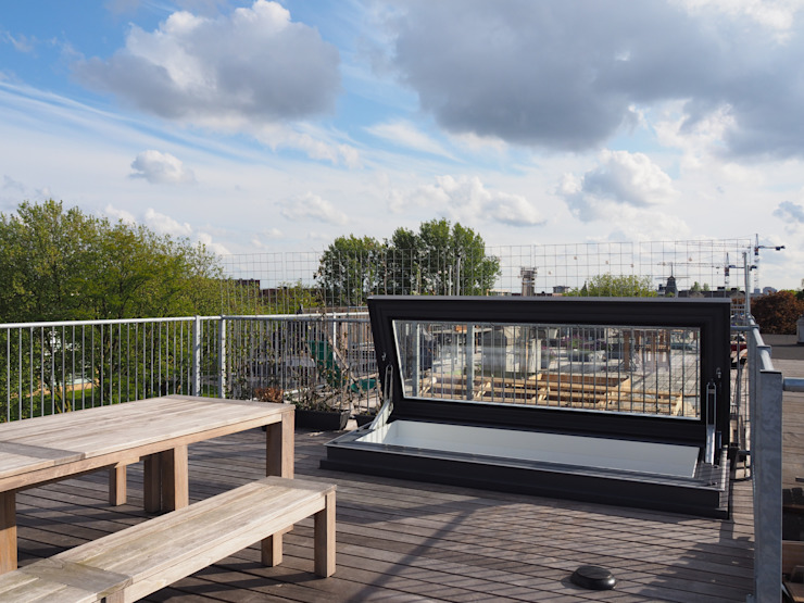 Rooftop terrace with Skydoor access Glazing Vision Eclectic style balcony, veranda & terrace Glass