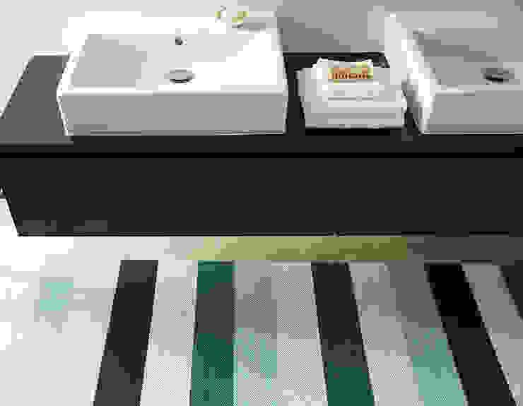 Salle de bain de style  par annasaarinen Textilmanufaktur,