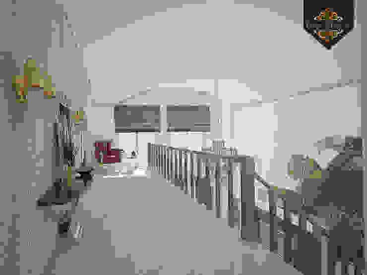 леопард – тренд 2016 Коридор, прихожая и лестница в эклектичном стиле от Decor&Design Эклектичный