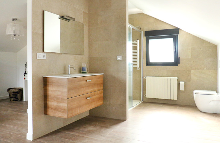 acertus Modern style bathrooms Multicolored