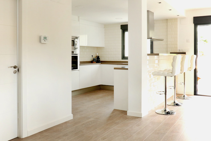 acertus Kitchen Wood White