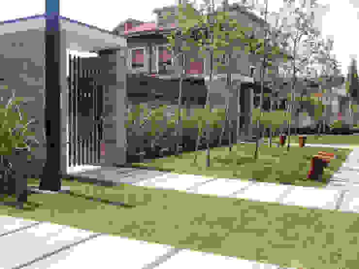 Taman Modern Oleh matiteverdi Modern