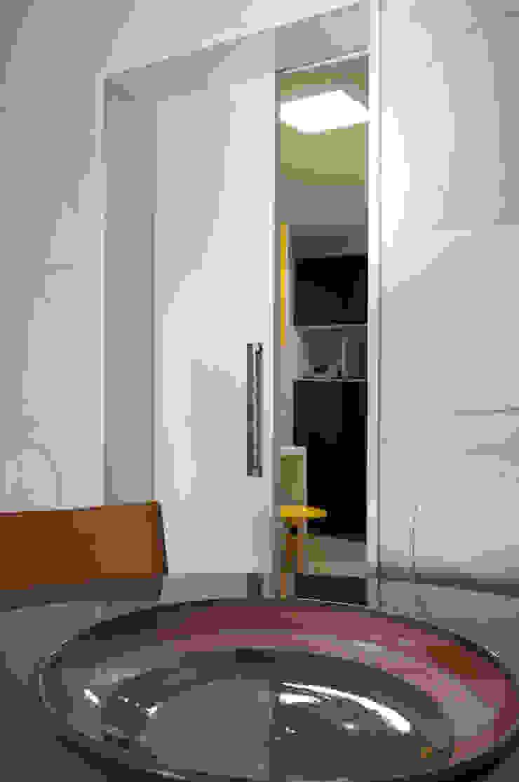 Apartamento Morumbi Portas e janelas clássicas por Figoli-Ravecca Arquitetos Associados Clássico