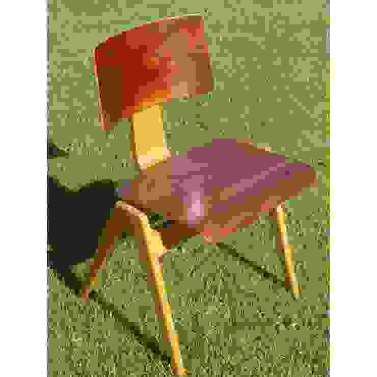 Robin Day, Edition Hille and Co - Lot de 2 chaises HILLESTAK Collector Chic BureauTabourets