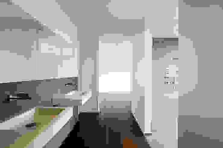 """Wohnüberbauung """"Vinea"""", Rottenschwil (AG) Moderner Flur, Diele & Treppenhaus von a4D Architekten AG Modern"""