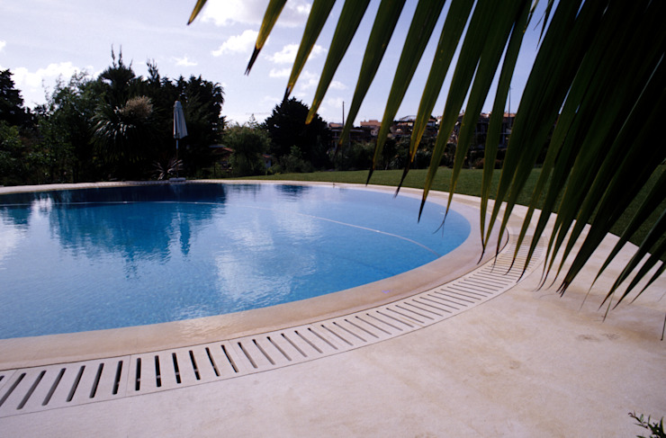 Casa Birre Jardins mediterrânicos por Ceregeiro-Arquitectura Paisagista Mediterrânico