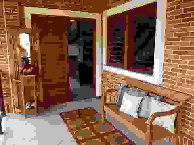Balkon, Veranda & Terrasse im Landhausstil von Eveline Sampaio Arquiteta e Designer de Interiores Landhaus