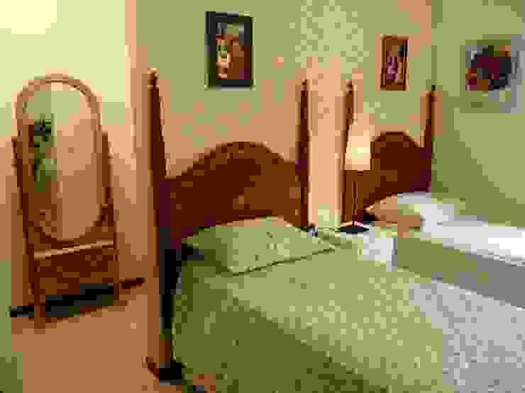 Schlafzimmer im Landhausstil von Eveline Sampaio Arquiteta e Designer de Interiores Landhaus