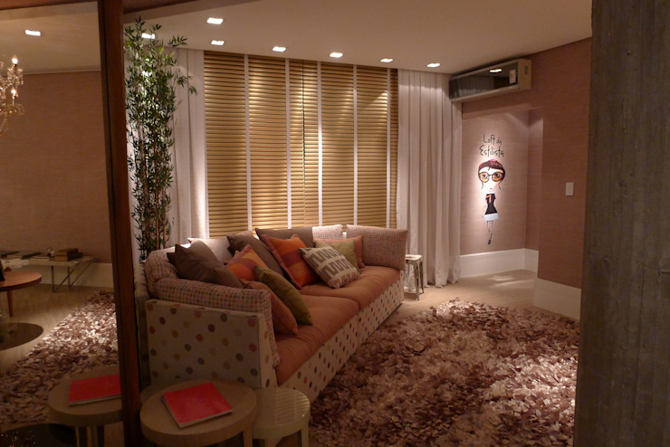 Casa Cor Santa Catarina 2013 Salas de estar modernas por ANNA MAYA ARQUITETURA E ARTE Moderno Cobre/Bronze/Latão