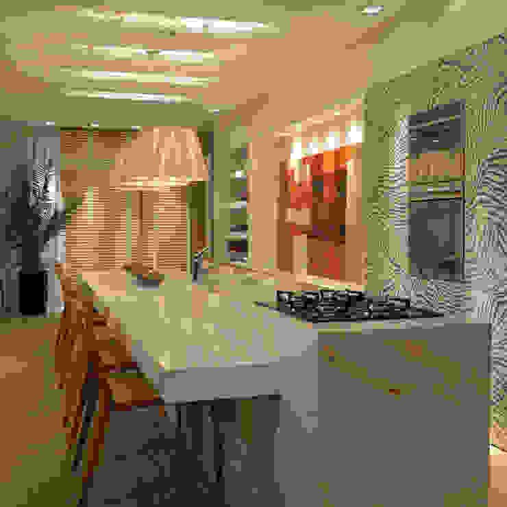 Casa Cor Santa Catarina 2013 Cozinhas modernas por ANNA MAYA ARQUITETURA E ARTE Moderno MDF
