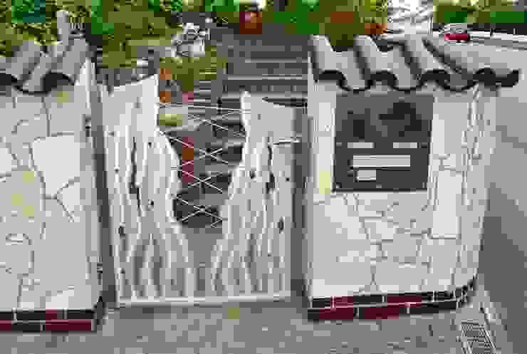 Edelstahl Gartentore Moderner Garten von Edelstahl Atelier Crouse: Modern