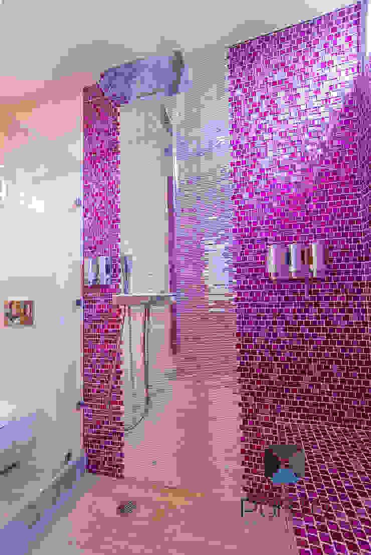 Proyecto Residencial <q>La Ramona.</q> Baños eclécticos de PORTO Arquitectura + Diseño de Interiores Ecléctico