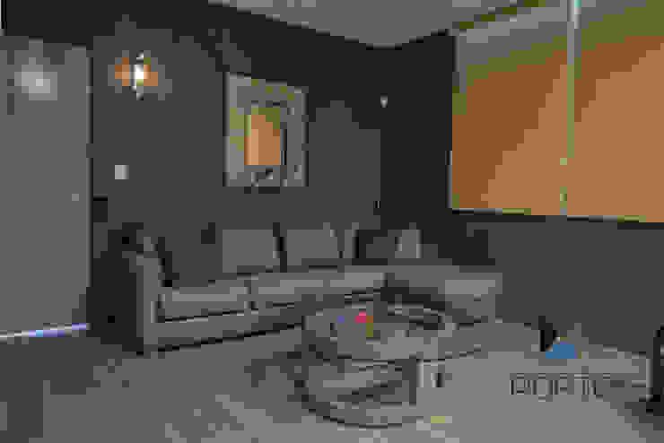 Proyecto Residencial <q>La Ramona.</q> Salas multimedia eclécticas de PORTO Arquitectura + Diseño de Interiores Ecléctico