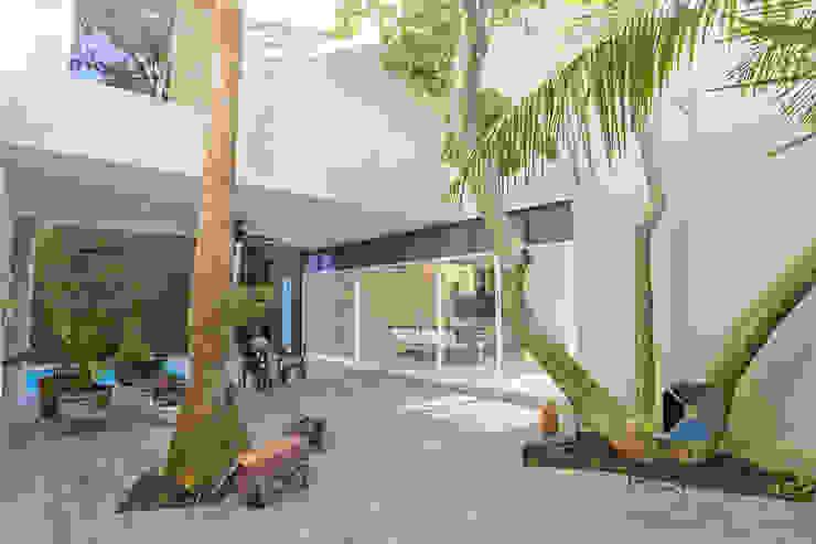 PORTO Arquitectura + Diseño de Interiores 庭院