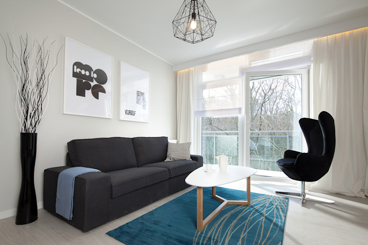 mieszkanie pokazowe 4 pokoje – apartamenty na polanie – Gdynia Minimalistyczny salon od Anna Maria Sokołowska Architektura Wnętrz Minimalistyczny