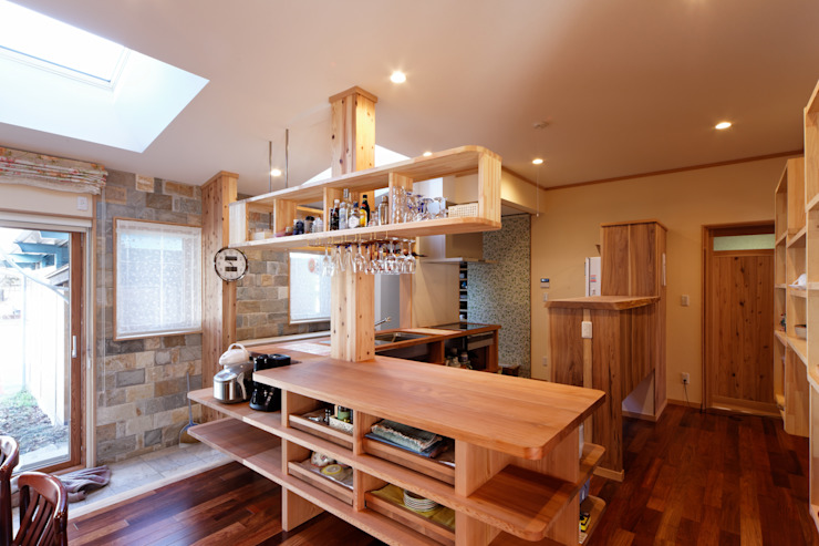 Eclectic style kitchen by 株式会社山崎屋木工製作所 Curationer事業部 Eclectic Wood Wood effect