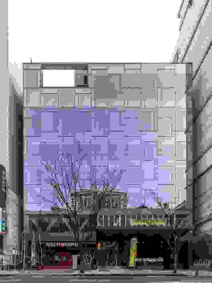 N TOWER GARDEN 모던스타일 주택 by (주)나무아키텍츠 건축사사무소 모던