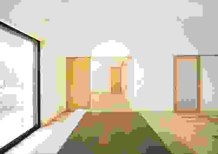 LDKと一体で使える和室 オリジナルデザインの リビング の ナイトウタカシ建築設計事務所 オリジナル