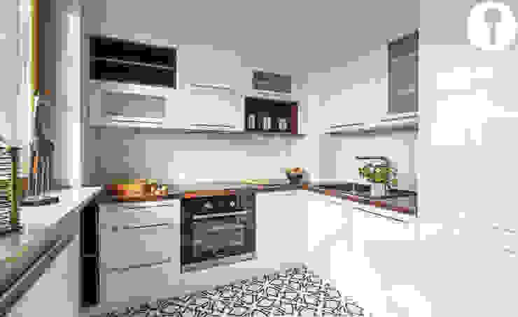 Nowoczesne mieszkanie Nowoczesna kuchnia od Urządzamy pod klucz Nowoczesny