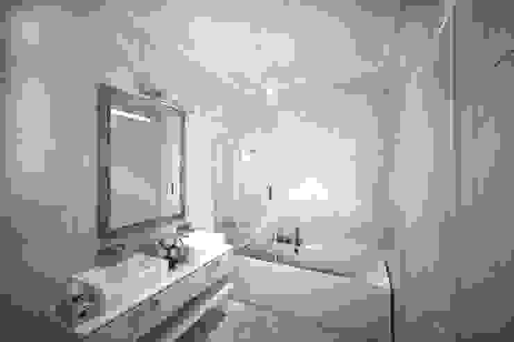 Ванная комната Ванная в классическом стиле от Анастасия Муравьева Классический