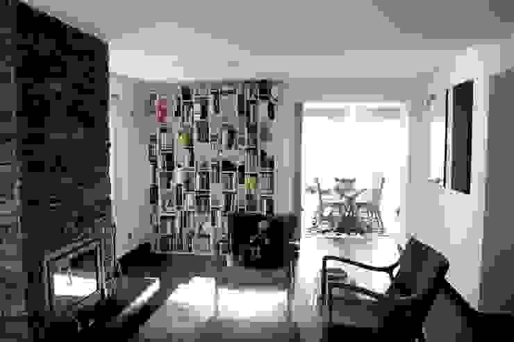MORADIA PARK Salas de estar modernas por ARQAMA - Arquitetura e Design Lda Moderno