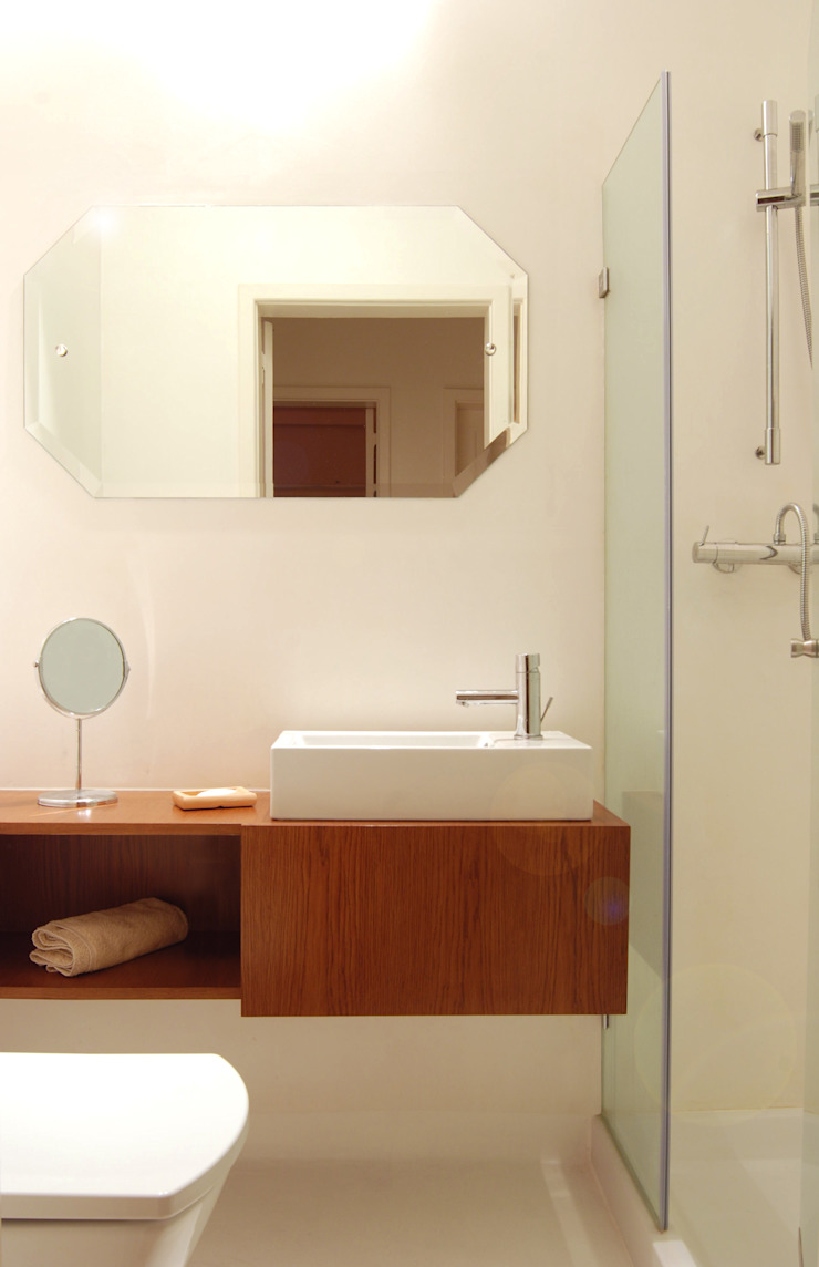 atelier B-L Eclectic style bathroom