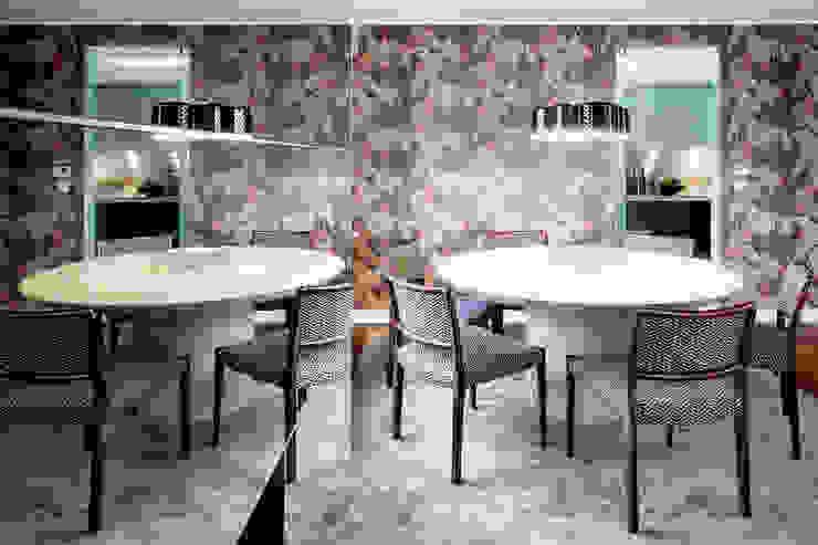 Apartamento Porto Salas de jantar modernas por Jorge Cassio Dantas Lda Moderno