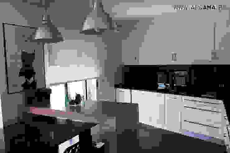 SCANDINAVIAN HOUSE PROJECT Cozinhas escandinavas por ARQAMA - Arquitetura e Design Lda Escandinavo