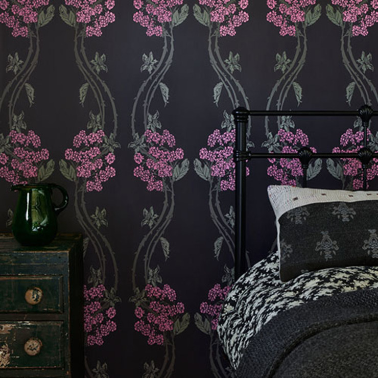 Barneby Gates wallpaper - Autumn Berry Dust Paredes y suelosRevestimientos de paredes y suelos Rosa