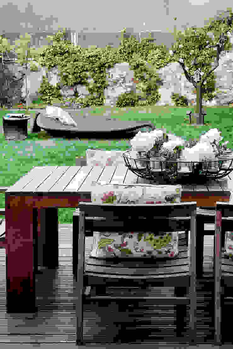 Residência Foz Varandas, marquises e terraços modernos por Jorge Cassio Dantas Lda Moderno