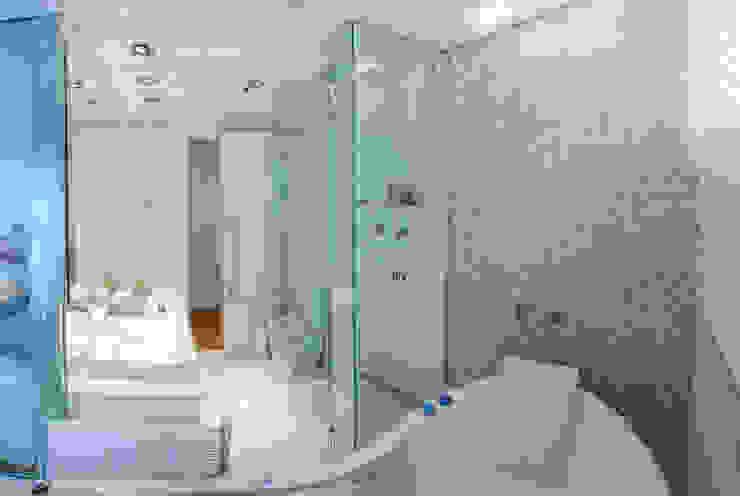 w.c suite Banheiros modernos por Lilian Barbieri Interior Design Moderno