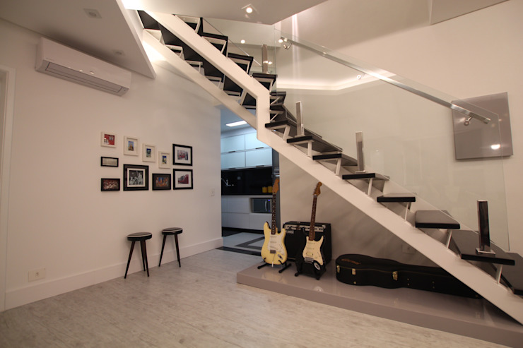 Sala de Estar Corredores, halls e escadas modernos por Pricila Dalzochio Arquitetura e Interiores Moderno