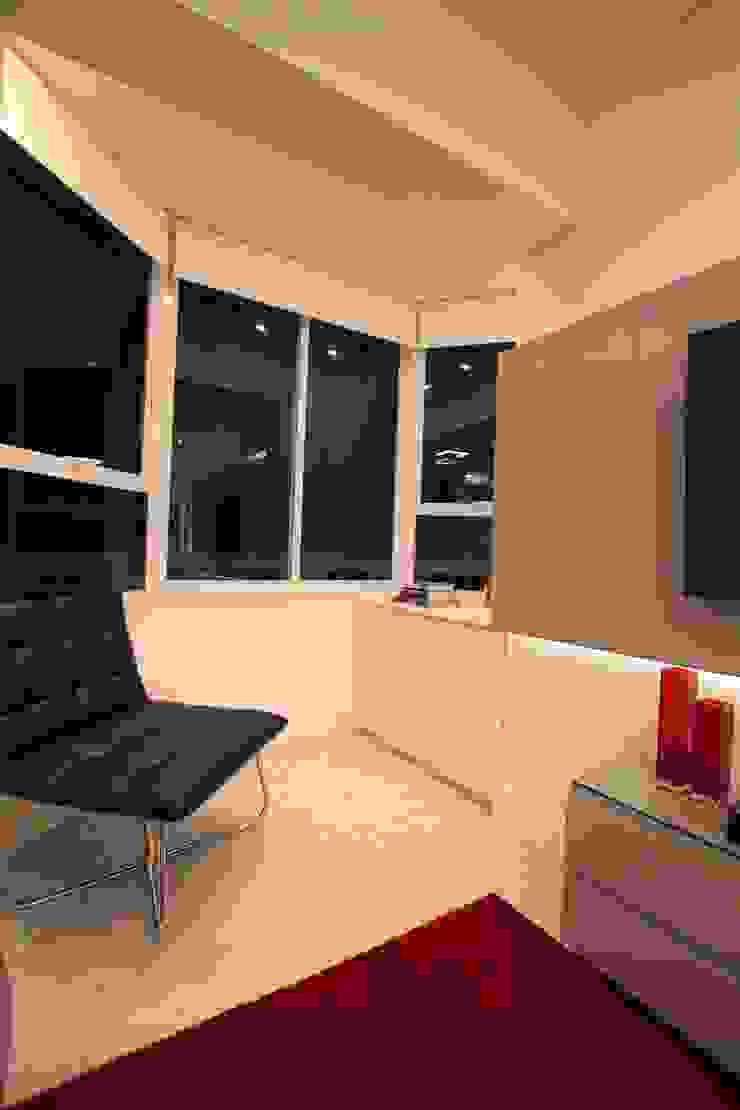Sala de Estar Salas de estar modernas por Pricila Dalzochio Arquitetura e Interiores Moderno