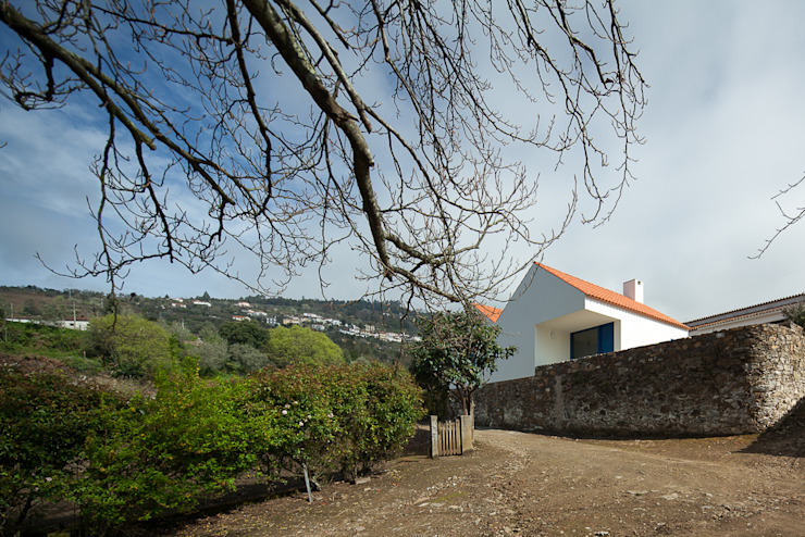 Caseiros House โดย SAMF Arquitectos คันทรี่