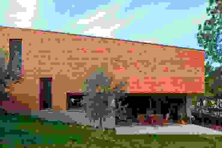 Conde House Casas estilo moderno: ideas, arquitectura e imágenes de SAMF Arquitectos Moderno
