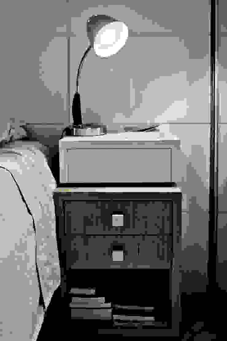Apartamento K&R.R - Suíte Casal Quartos modernos por Kali Arquitetura Moderno Madeira Efeito de madeira
