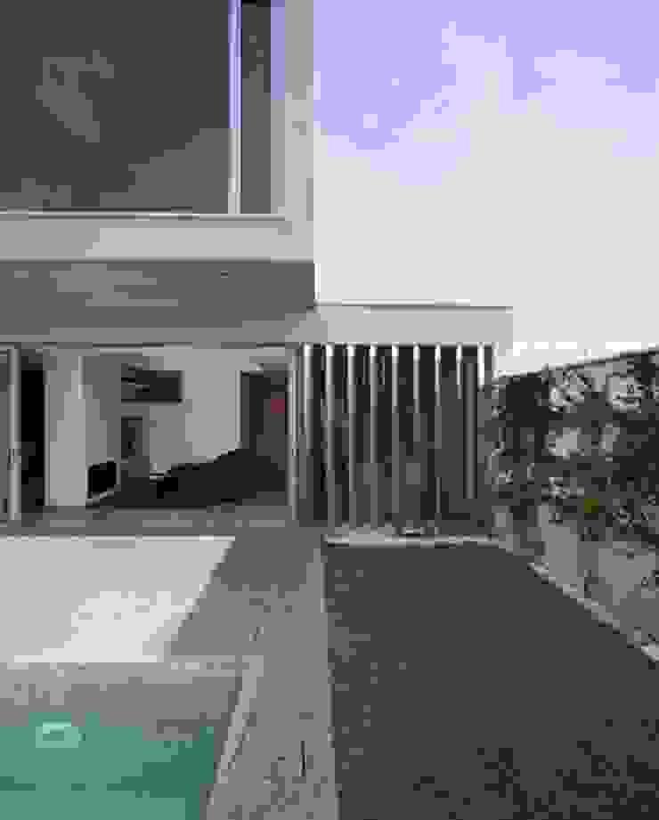daniel rojas berzosa. arquitecto Jardines de estilo minimalista