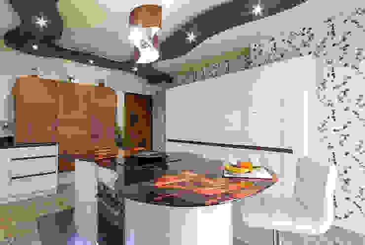 Cocina lacada alto brillo crema con terminaciones curvas de COCINAS CASTILLO Moderno Vidrio